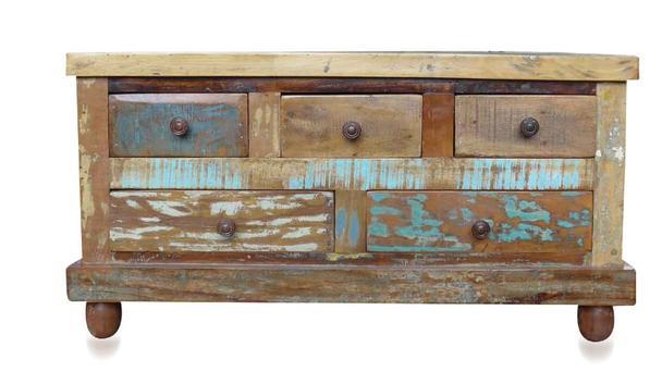 Couchtisch altes Holz mit Schubladen  Vintage Möbel bei