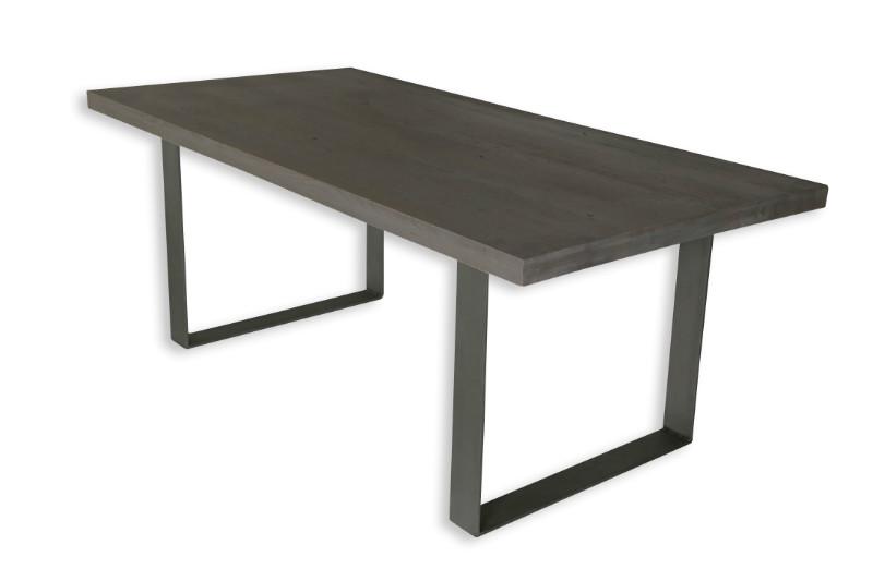 eiche massivholz esstisch mit kreuzbein esstische. Black Bedroom Furniture Sets. Home Design Ideas