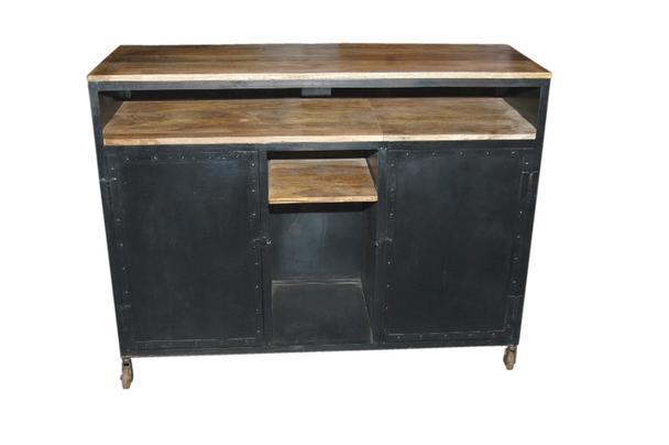 eisen sideboard mit holzablagen industriell industrielle. Black Bedroom Furniture Sets. Home Design Ideas