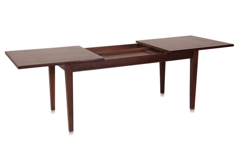 esstisch aus eiche zum ausziehen tisch bei m belhaus hamburg. Black Bedroom Furniture Sets. Home Design Ideas