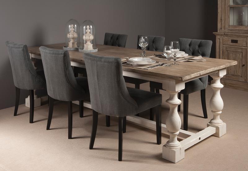 esstisch mit alter kiefernholz platte esstische esszimmer wohnbereiche bei m belhaus hamburg. Black Bedroom Furniture Sets. Home Design Ideas