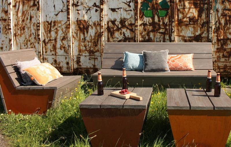 garten loungebank massiv gartenb nke garten bei m belhaus hamburg. Black Bedroom Furniture Sets. Home Design Ideas