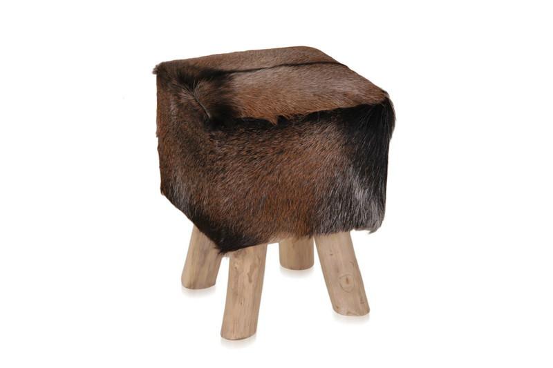 wohnzimmertische rund:Hocker mit Ziegenfell – rund oder eckig – Stühle – produkte