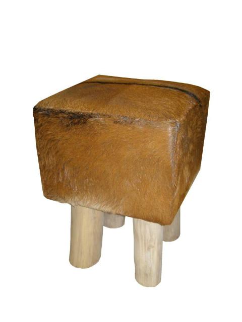 Hocker mit Ziegenfell  rund oder eckig  Sessel  Möbel