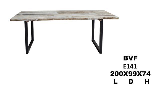 industrial esstisch mit altholzplatte esstische. Black Bedroom Furniture Sets. Home Design Ideas