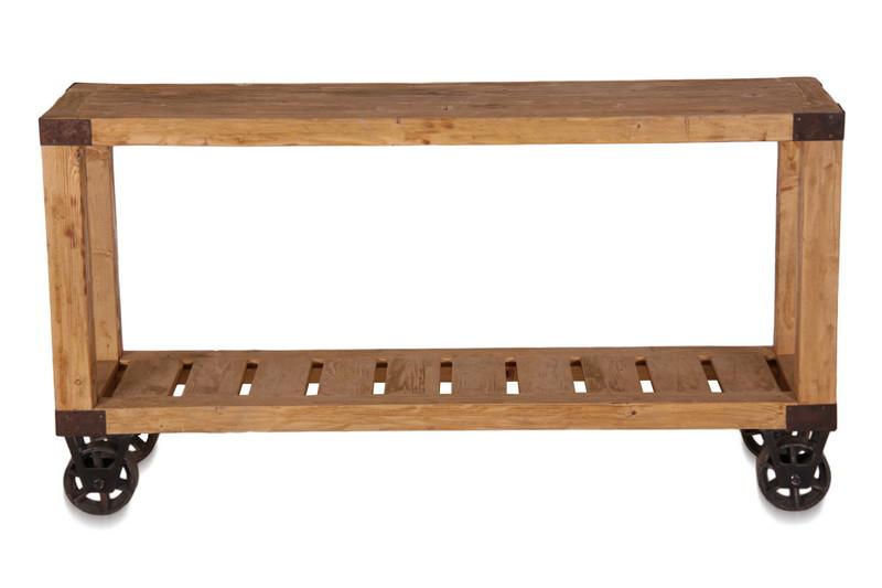industrielles regal aus altem holz auf rollen tische. Black Bedroom Furniture Sets. Home Design Ideas