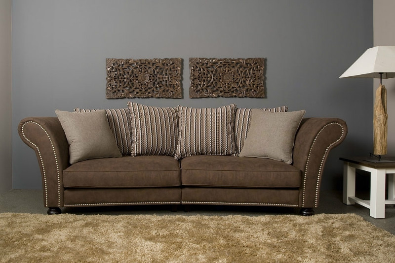 Landhaus sofa romantisch sofas sessel st hle bei for Sofa landhausstil