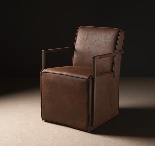 Lederstuhl auf rollen sofas sessel st hle bei for Barhocker auf rollen