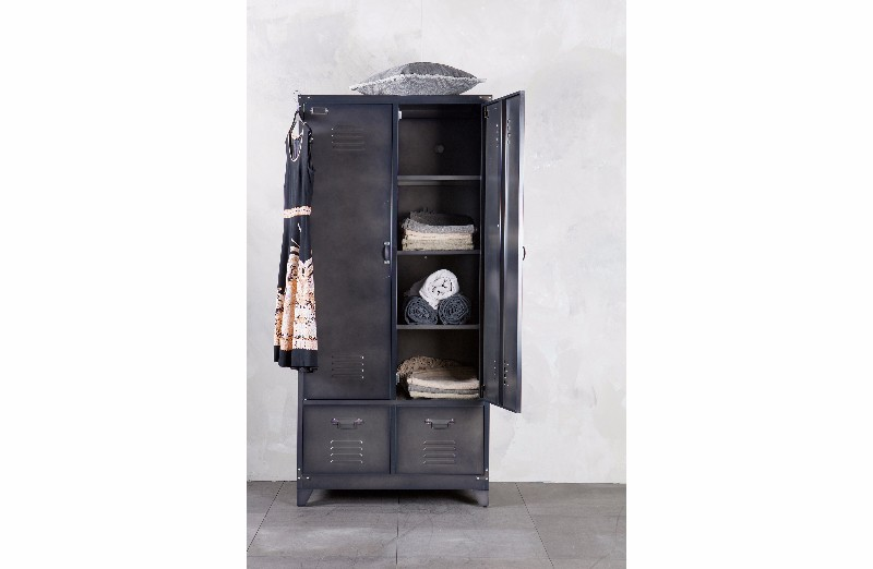 lockerschrank metall vintage m bel bei m belhaus hamburg. Black Bedroom Furniture Sets. Home Design Ideas