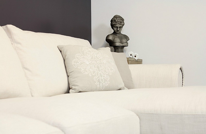 modernes ecksofa aus stoff sofas sessel st hle bei m belhaus hamburg. Black Bedroom Furniture Sets. Home Design Ideas