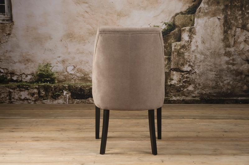polsterstuhl landhaus st hle sofas sessel st hle bei m belhaus hamburg. Black Bedroom Furniture Sets. Home Design Ideas