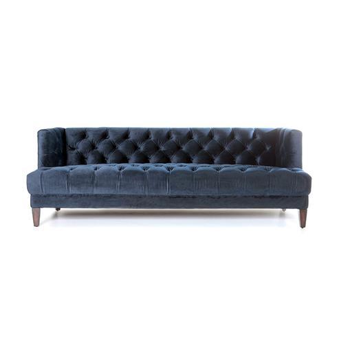 samt sofa velvet chesterfield sofas sofas sessel st hle bei m belhaus hamburg. Black Bedroom Furniture Sets. Home Design Ideas