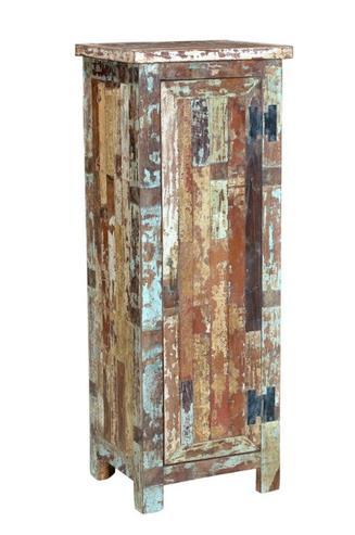 schmaler indischer schrank aus altem holz flur diele wohnbereiche bei m belhaus hamburg. Black Bedroom Furniture Sets. Home Design Ideas