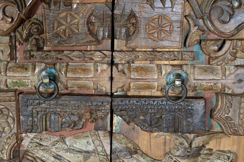 Schrank aus wiederaufbereitetem holz flur diele for Indische regale