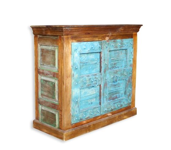 Kommode im antik vintage mobel for Vintage mobel sideboard