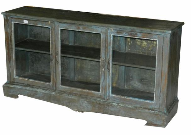 sideboard mit glast ren massiv produkte m belhaus hamburg. Black Bedroom Furniture Sets. Home Design Ideas