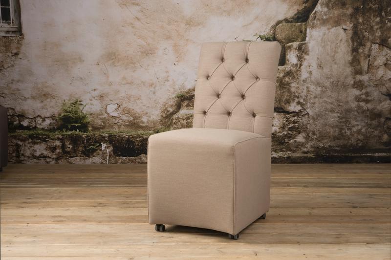 stuhl landhausstil hannover sofas sessel st hle bei m belhaus hamburg. Black Bedroom Furniture Sets. Home Design Ideas