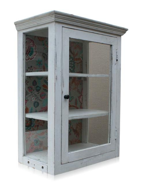 wandschrank mit glastur im used look 237621 hh. Black Bedroom Furniture Sets. Home Design Ideas