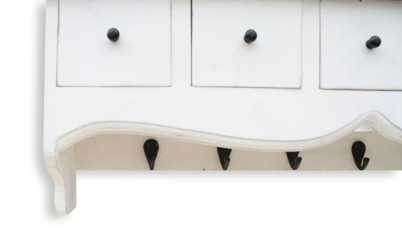 wei e vintage garderobe zum aufh ngen mit schubladen. Black Bedroom Furniture Sets. Home Design Ideas