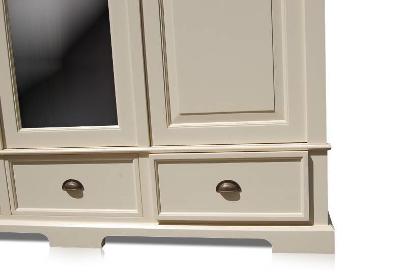 wei er kleiderschrank mit spiegel 3 t rig schr nke landhaus m bel bei m belhaus hamburg. Black Bedroom Furniture Sets. Home Design Ideas